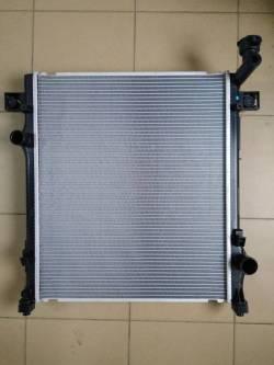 Радиатор Додж Нитро (68003973AB)